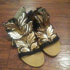 Gold wings sandals